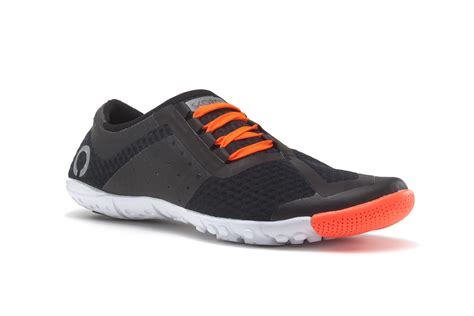 minimalist shoes for best minimalist running shoes gearnova