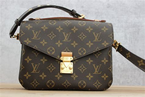 Tas Louis Vuitton Pochette Metis Wb louis vuitton pochette metis