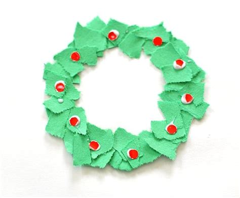 christmas decorations for toddlers with construction paper ornaments tear wreaths buggy and buddy