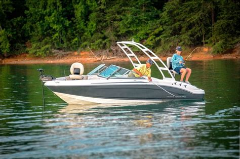 best pontoon boats for families 25 best ideas about lowe pontoon boats on pinterest