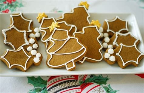 Decorated Gingerbread by Pin By Roz Kravitz On Cookie Exchange