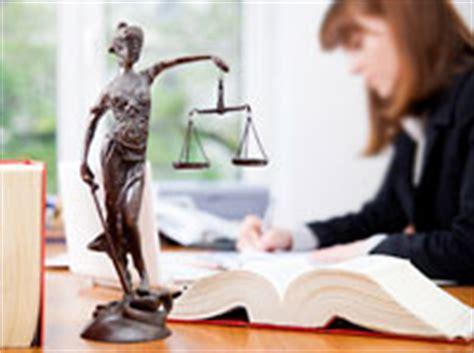 Bewerbung Praktikum Jura Anwalt Berufsbild Anwalt Anw 228 Ltin Beruf Anwalt Anw 228 Ltin Berufelexikon Bildungsmarkt Sachsen De