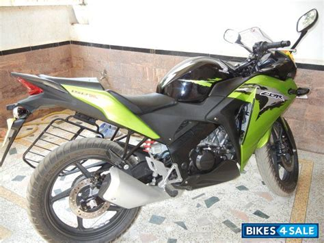 cbr bike green cbr150r green