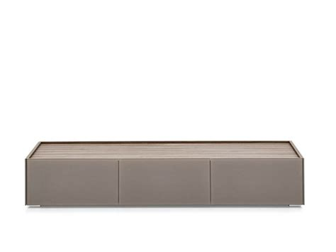 mobile tv calligaris shelter mobile tv by calligaris design studio 28