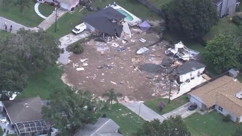 Where Are The Sink Holes In Florida by Florida Sinkhole Grows As 2 More Homes Condemned