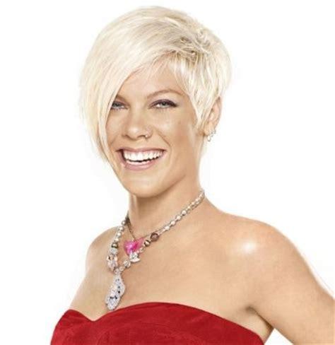 singer pink hairstyles photo gallery p nk alecia moore pink pinteres
