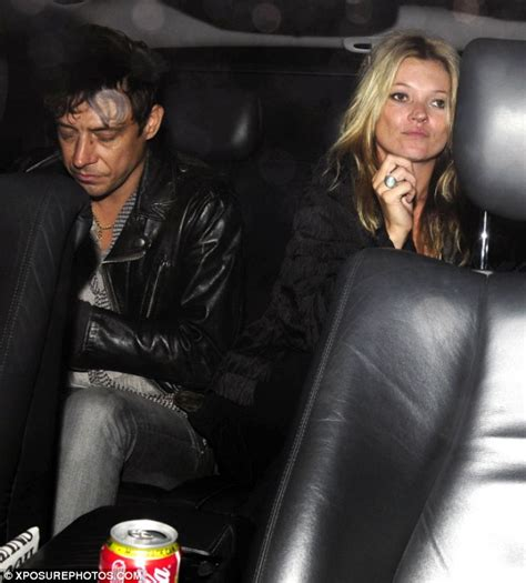 Kate Moss Arrives Home To Continue 34 Hour Marathon Birthday by Frock Kate Moss Returns To The Catwalk After Four
