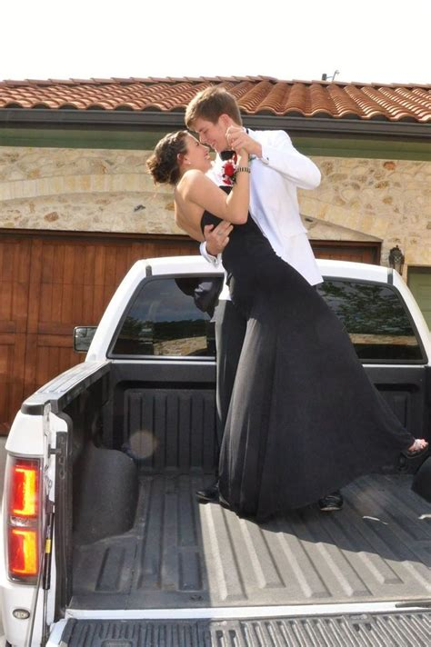 themes for couples pictures cute prom pictures with boyfriend www imgkid com the