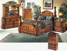 Solid Wood Bedroom Furniture Sets by Solid Wood Finish Deep Carvings Bedroom Set Antique