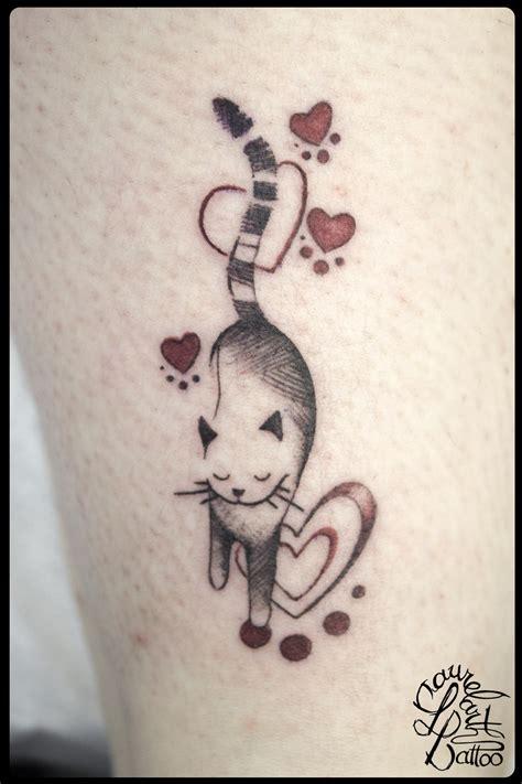 laurelarth tattoo tatoueur lyon tatouage chat coeur graphique