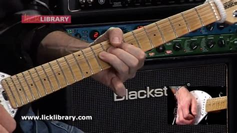 learn comfortably numb solo comfortably numb main guitar solo slow close up with