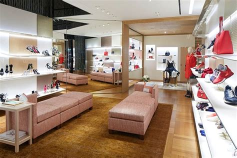 home design store hong kong louis vuitton store renewal by jun aoki and peter marino hong kong 187 retail design blog