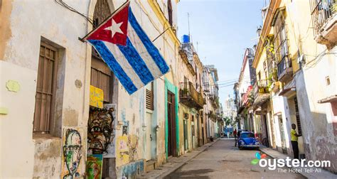 travel guide cuba libre let the cultural history of guide you through the authentic soul of the city cuba best seller volume 2 books cuba travel guide oyster hotel reviews