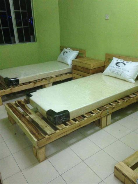 beds made out of pallets 20 excellent pallet furniture projects 101 pallets