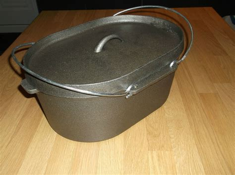 large cast iron pot large oval black cast iron stock pot oven soup stew pot 9 litre capacity ebay