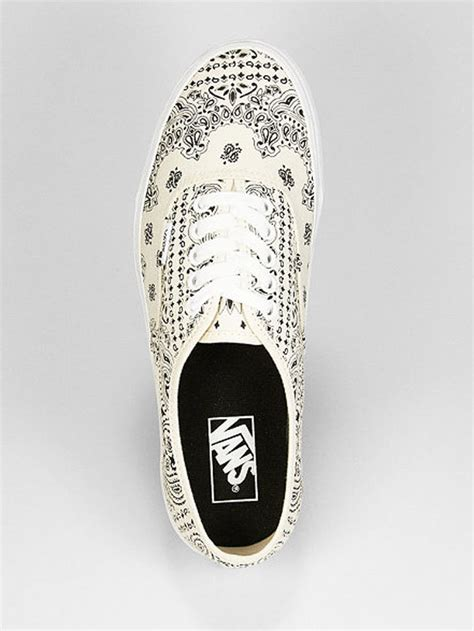 vans authentic white bandana