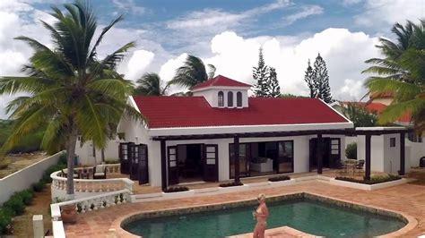Pelican Bay Villa By Utopian Luxury Vacation Homes Youtube Utopian Luxury Vacation Homes