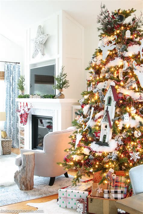 cozy ski lodge inspired christmas tour the lilypad cottage cozy ski lodge chic christmas tree decor the happy housie