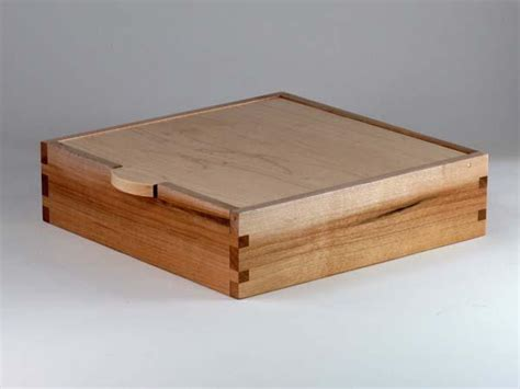 Handmade Box - the handmade wooden storage box with charging station