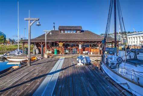 northwest center for wooden boats take a free sailing trip on lake union in seattle gate