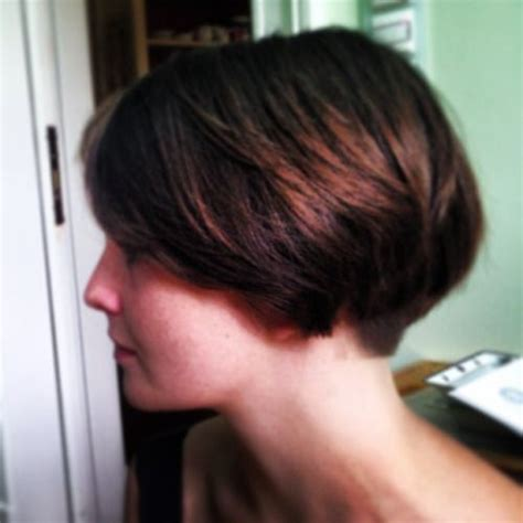 short wedge haircuts of the 70 s ideas about short wedge haircut on pinterest wedge