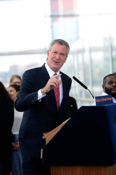 dream fearlessly fan vote de blasio fans dream of run versus cuomo after primary