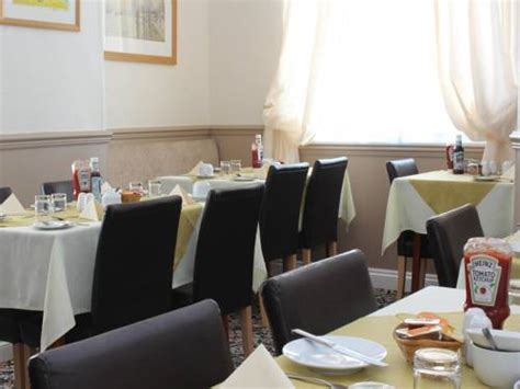 Wenden Guest House Bed Breakfast Quot Newquay Bed And Breakfast Quot The Pencrebar In Newquay Cornwall