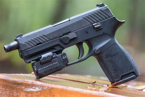 sig p320 laser light top tier transformer sig sauer p320 compact gun digest