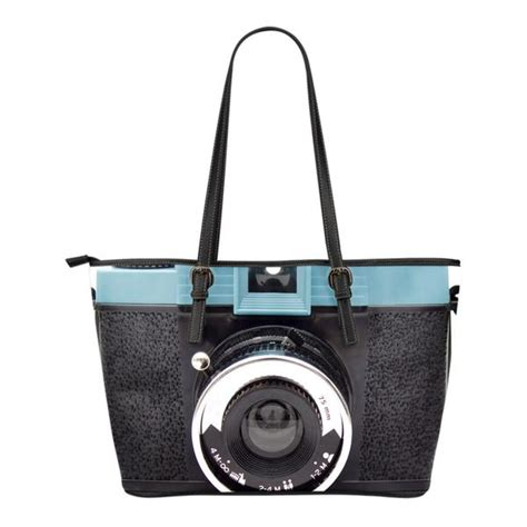 Classic Bags From Bown Designs by Vintage Tote Bags Groove Bags