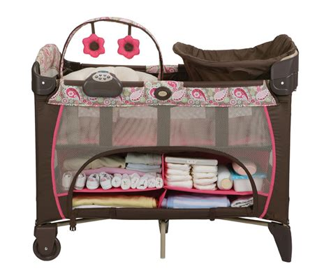 pack n play with changing table and storage graco pack n play pen playard bassinet napper station dlx