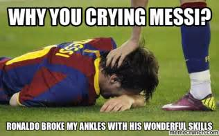 Ronaldo Crying Meme - lionel messi vs cristiano ronaldo season 2012 13 who