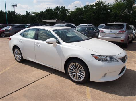 lexus es white lexus es 350 2013 white sedan gasoline 6 cylinders front