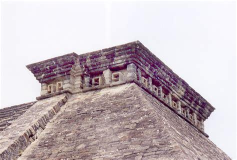 Pyramid Cornice el tajin