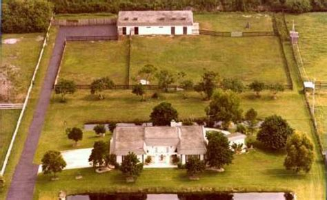 Horse-Keeping in Florida on Small Acreage | Helpful hints ... 1 Acre Horse Farm Layout