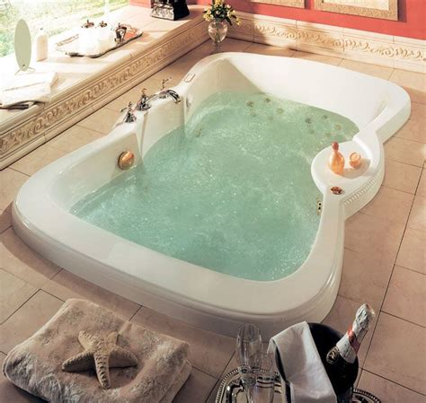 double bathtub two people the 25 best ideas about whirlpool bathtub on pinterest
