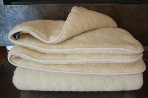 Wool Duvets Uk wool bedding wool quilts shop woll medicovers