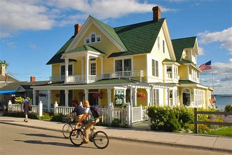 mackinaw city bed and breakfast best 25 mackinac island bed and breakfast ideas on pinterest mackinac island