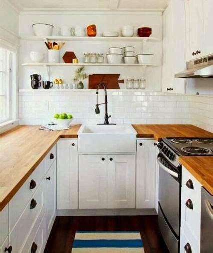 muebles esenciales  una cocina pequena decoracion de