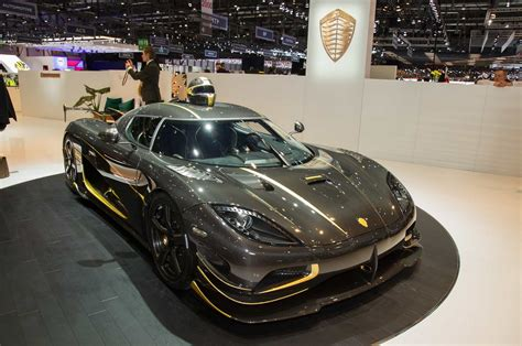 koenigsegg gold real gold and 1 360hp it s the one off koenigsegg agera