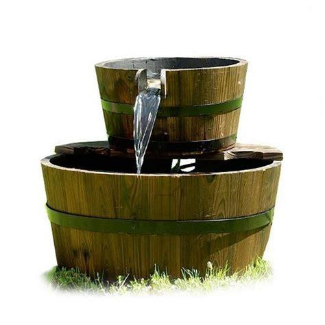 fontana in giardino fontana in legno da giardino modello barili inclusa pompa