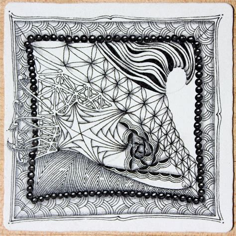 zentangle pattern diva dance 292 best crescent moon images on pinterest zentangle