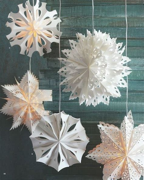 How To Make Large 3d Paper Snowflakes - 17 best ideas about snowflakes on paper