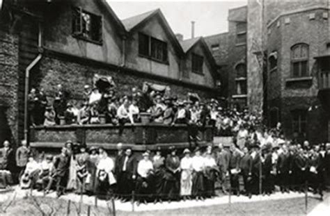 Why Did Found Hull House by Ahi United States 187 A Tale Of Two Cities Part 2 Most Suburbs Looked To Chicago