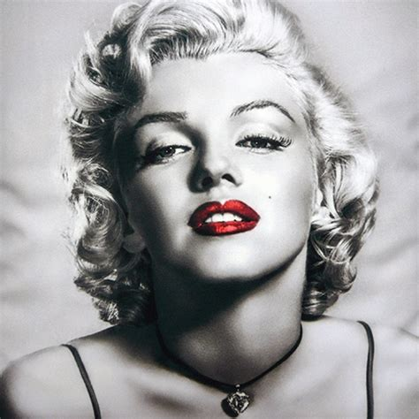 marilyn monroe black and white marilyn monroe black white grey spot red lips colour 16