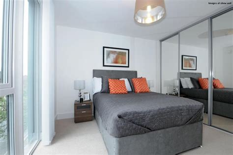 1 bedroom flat in wimbledon 1 bedroom flat for sale in arthur road wimbledon sw19 sw19