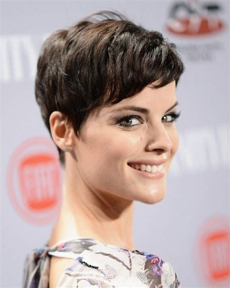 women hairstyles 2015 shorter or sides and longer in back 20 stylish very short hairstyles for women styles weekly