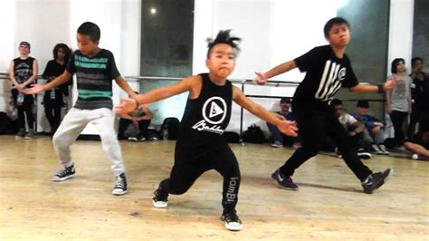 dance tutorial i don t mind i don t mind usher ft 8 year old aidan prince