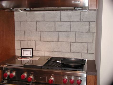 limestone backsplash tile limestone backsplash