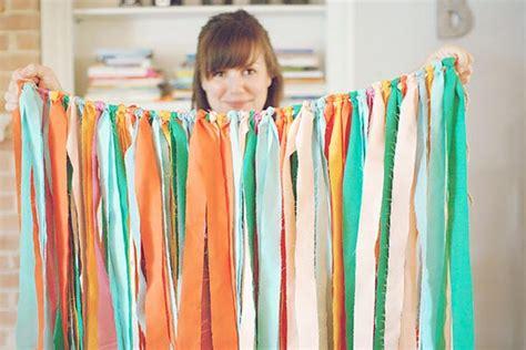 bump smitten diy tutorial fabric streamer garland