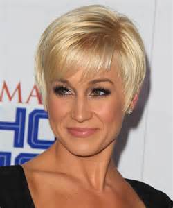 kellie pickler haircut kellie pickler short straight formal hairstyle